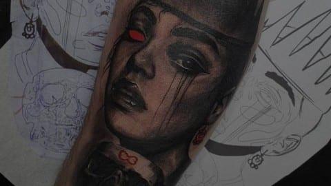 mroczny tatuaż