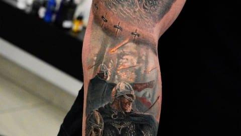 realistyczny tatuaż wiking