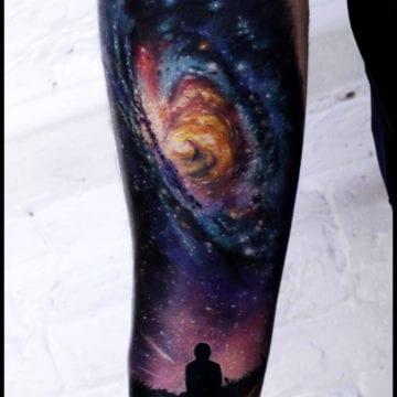kosmiczny tatuaż