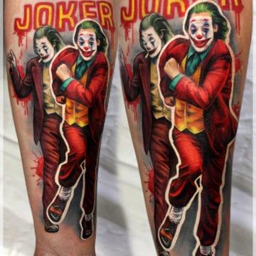 tatuaż kolorowy realizm