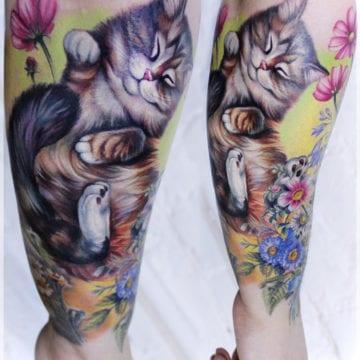 tatuaż kot realistyczny kolorowy