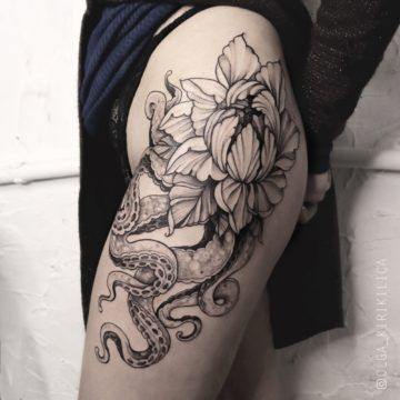 tatuaz udo kwiaty