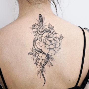 tatuaz na plecach
